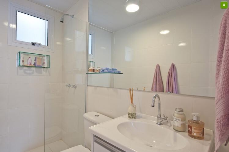Apartamentos Decorados  Inspirações  Comprando Meu Apê -> Banheiros Minusculos Decorados