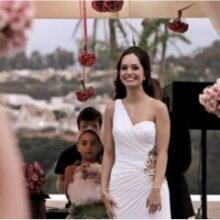 Noiva espera o noivo no altar!
