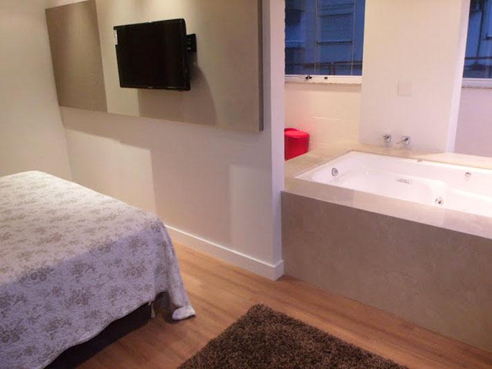 Apartamento decorado expectativa X realidade  Comprando Meu Apê -> Meu Banheiro Pequeno Decorado
