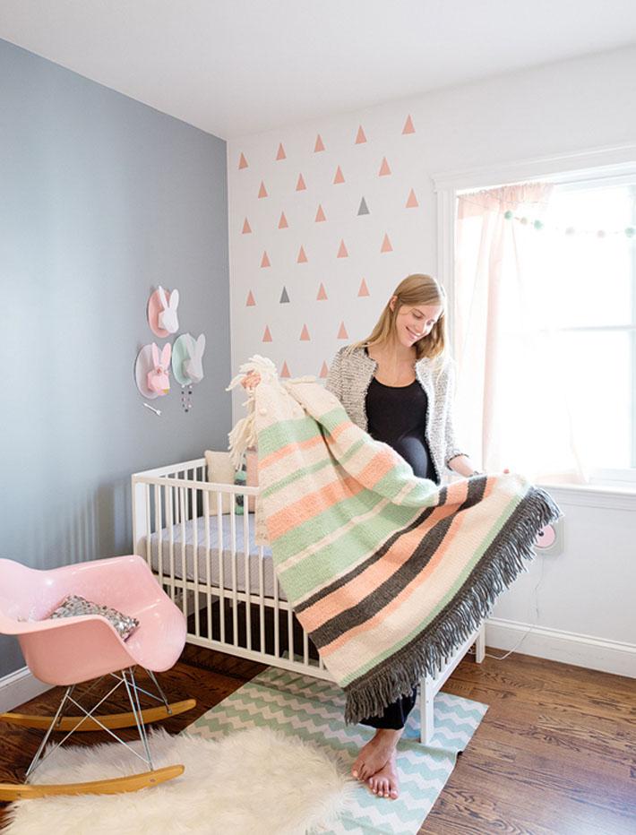 Quarto de bebê cinza, rosa e verde decoração de coelhos  ~ Quarto Rosa E Verde