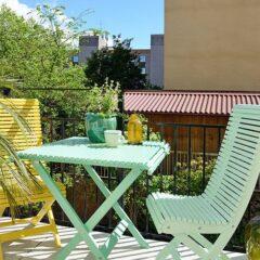 Inspiração: apartamento branco com cores pontuais