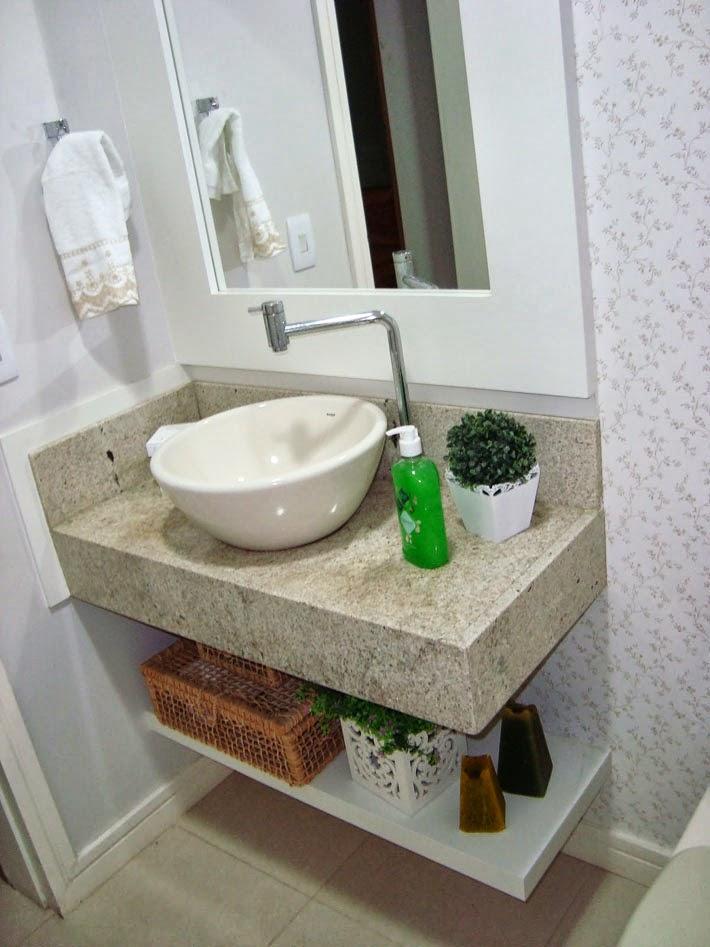 Lavabo com papel de parede romântico  Comprando Meu Apê -> Como Colocar Pia De Banheiro Na Parede