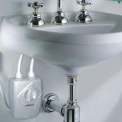 Torneira com água quente: aquecedor elétrico X aquecedor à gás