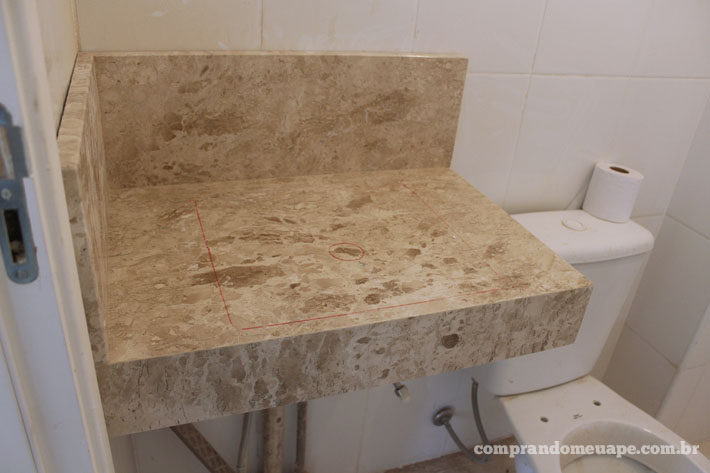 10_cma_bancada_travertino_lavabo