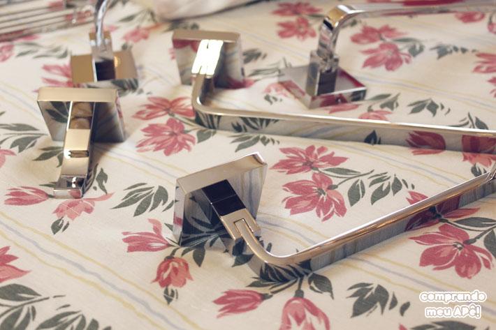 01-acessorios-banheiro-metais