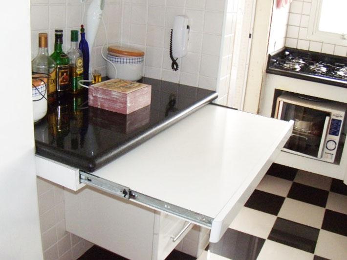 Mesas para cozinhas ou salas de jantar pequenas  Comprando Meu Apê # Bancada Cozinha Retratil