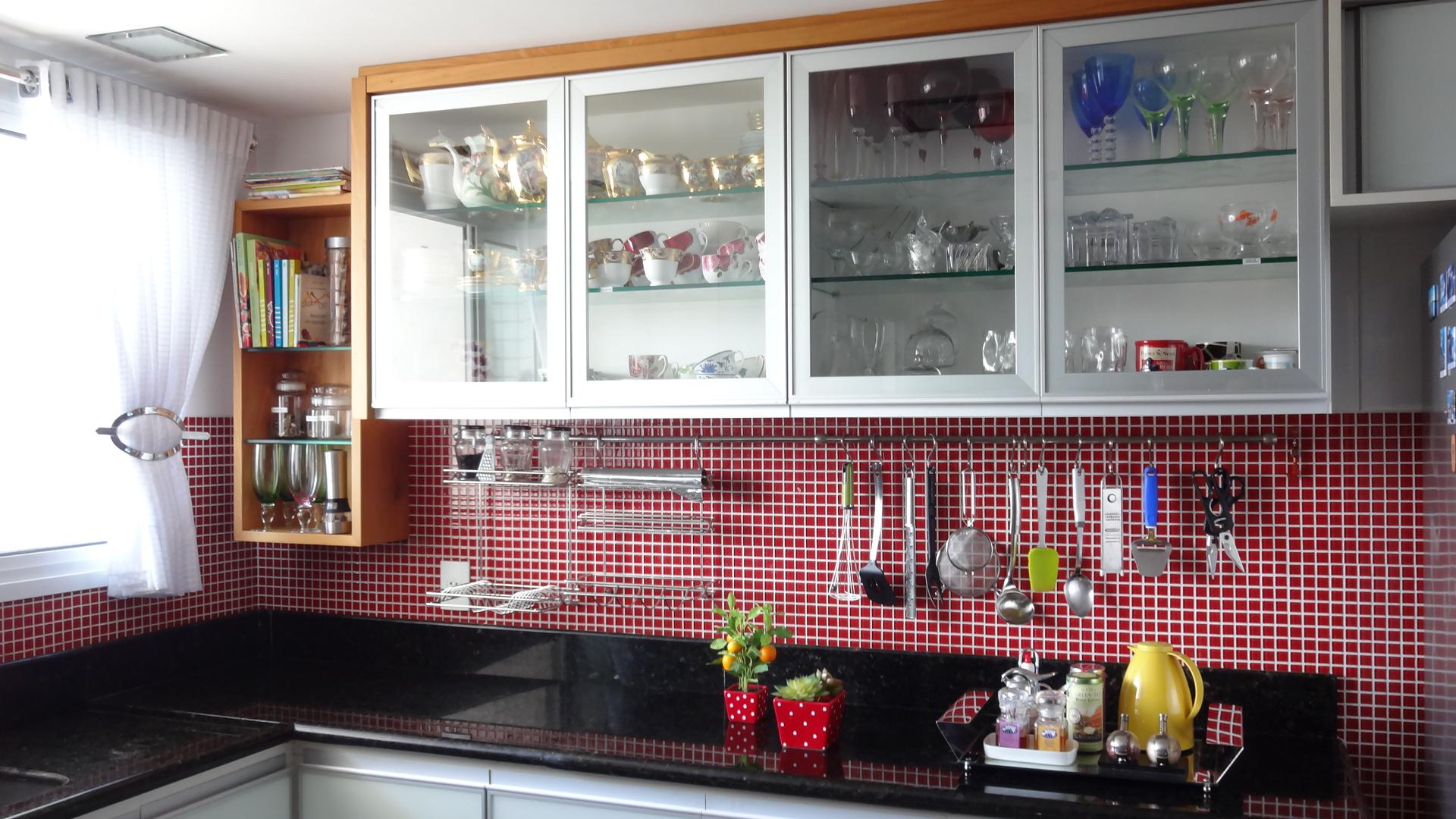 Como organizar os armários e gavetas da cozinha?  Comprando Meu Apê # Como Organizar Um Armario De Banheiro