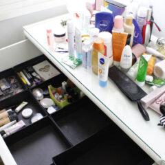 Organização de gaveta de maquiagem