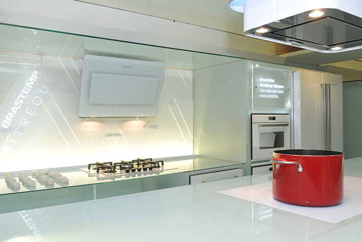 Eletrodomésticos de vidro (Brastemp Vitreous)