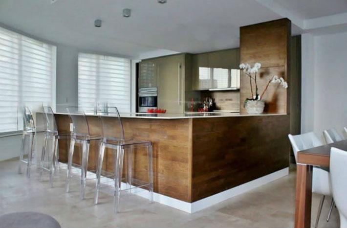 Cozinha planejada (madeira)
