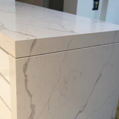 Pedra de quartzo que parece mármore!